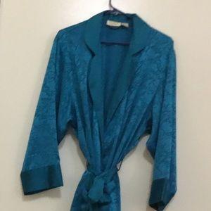 Beautiful Victoria's Secret robe.  Size is S/P.